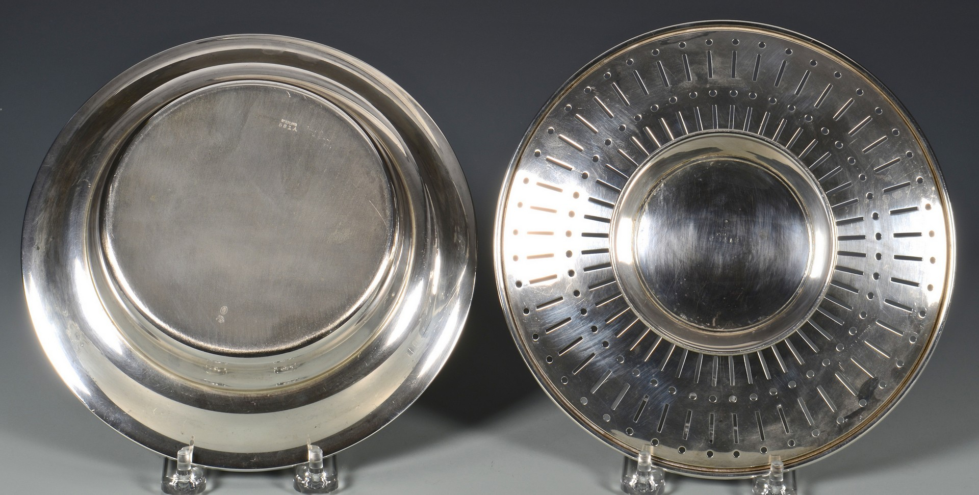 Lot 810: 5 Sterling Silver Table Items