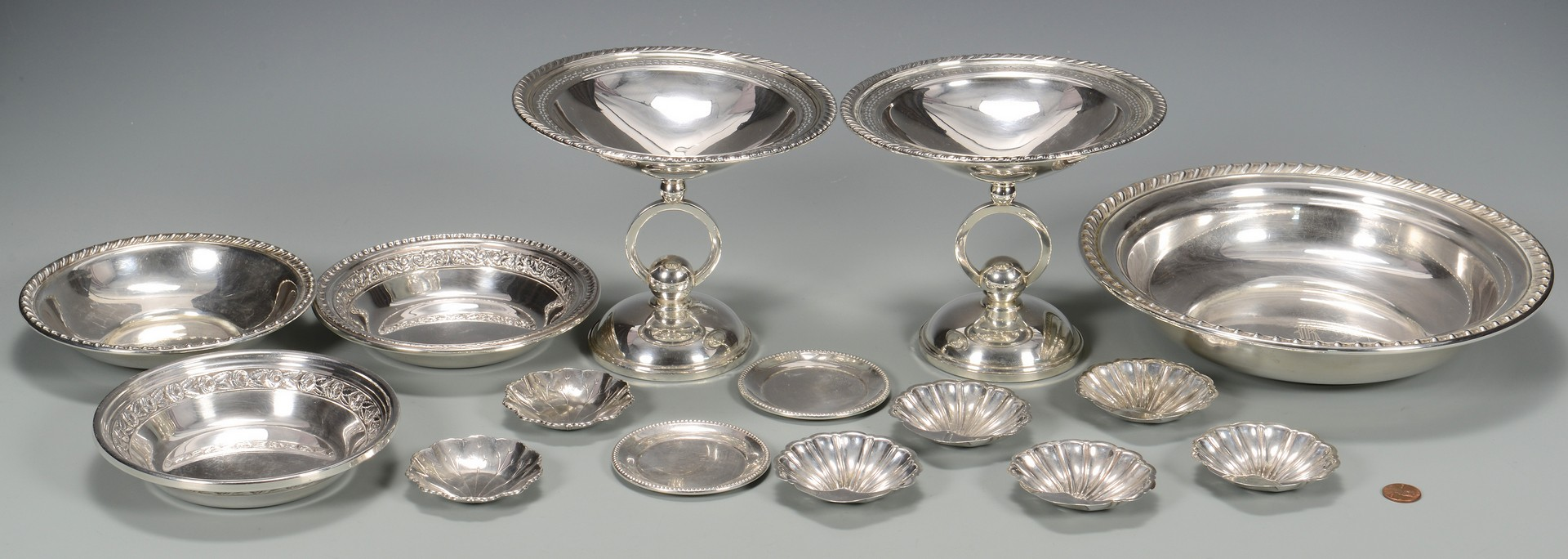 Lot 814: 15 Sterling Silver Table Items