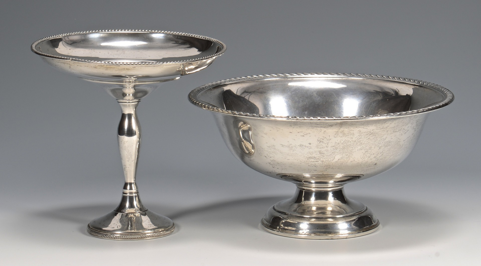 Lot 824: 8 Weighted Sterling Silver Items