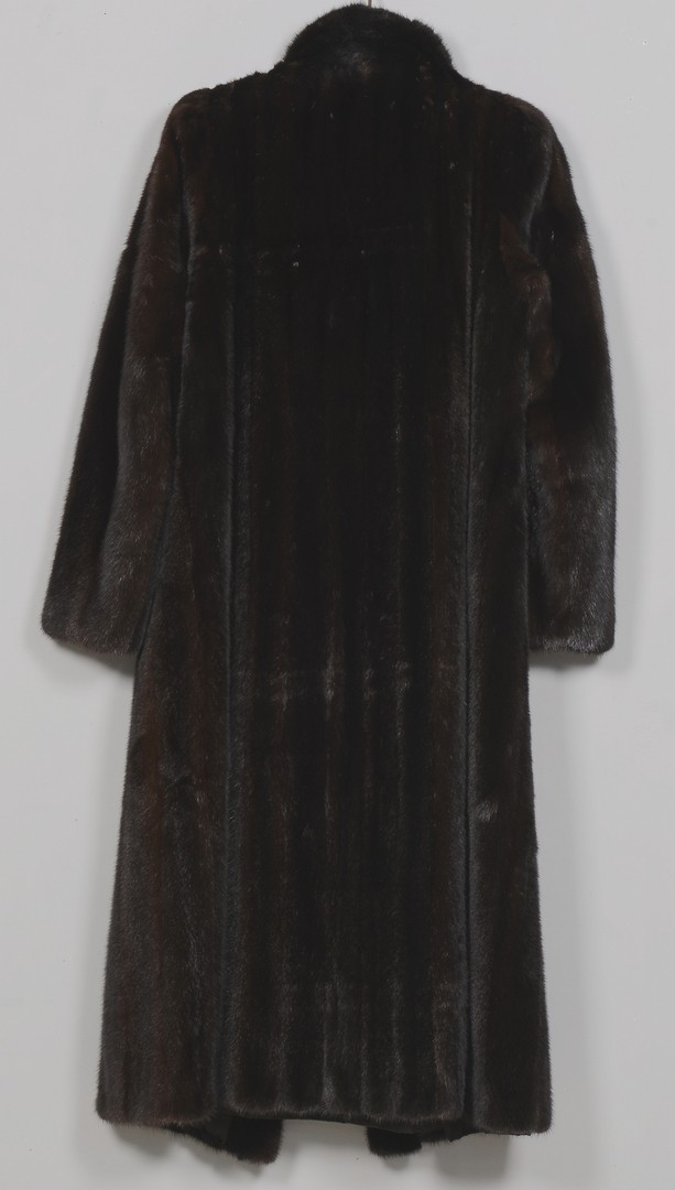 Lot 838: Ladies Full Length Mink Coat