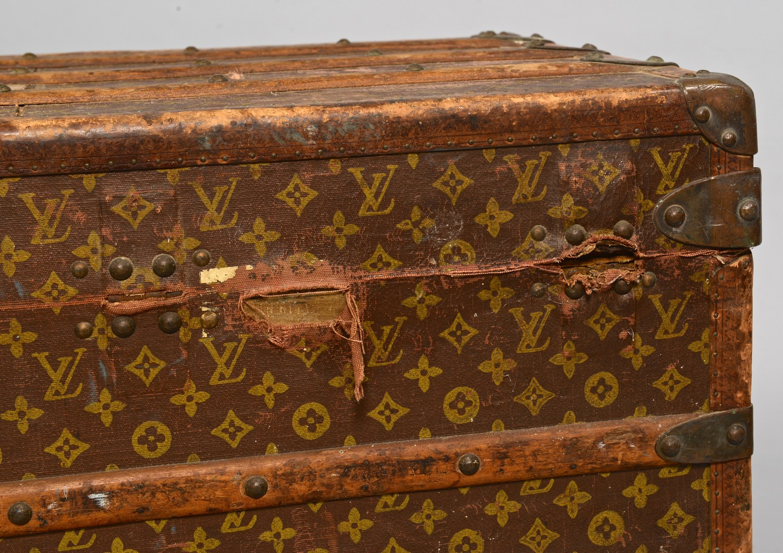 Lot 839: Early 20th c. Louis Vuitton Steamer Trunk