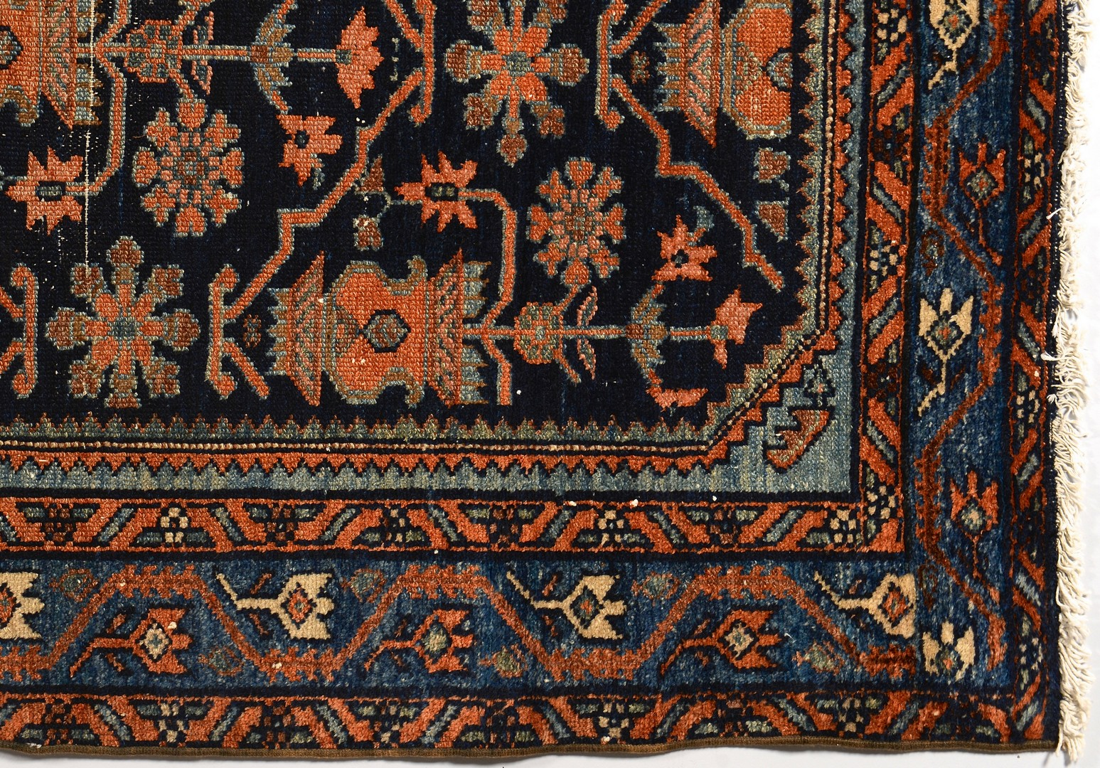 Lot 845: Persian Hamadan Carpet
