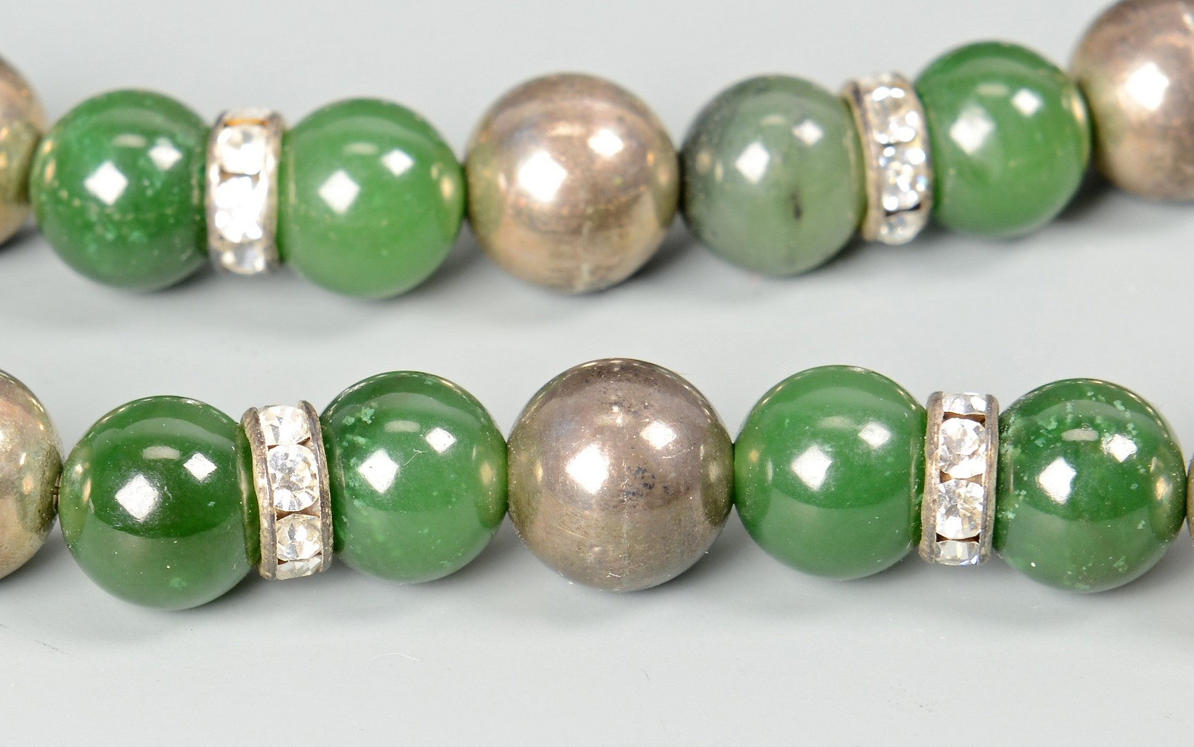 Lot 3832377: Green Jade Bead Necklace and 2 Bracelets