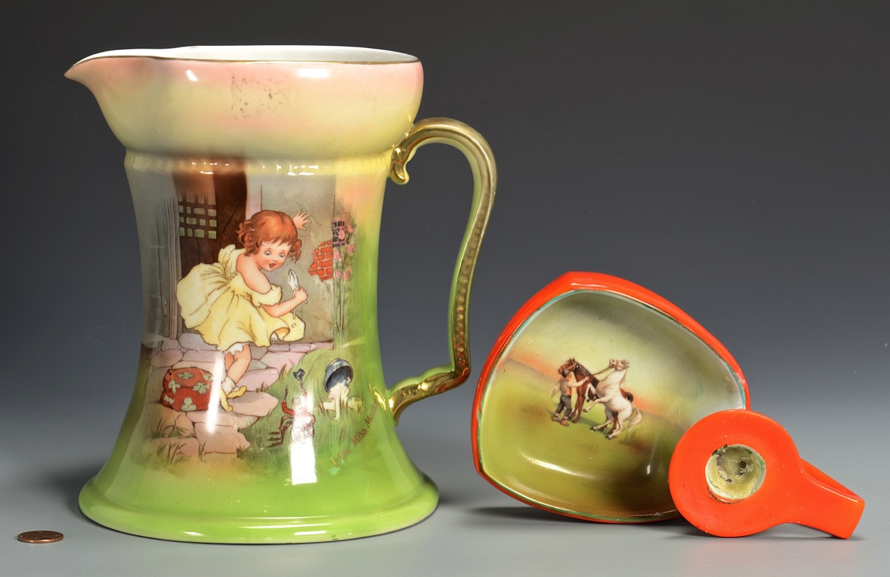 Lot 3832437: 4 Royal Bayreuth, 3 Pitchers & Chamberstick