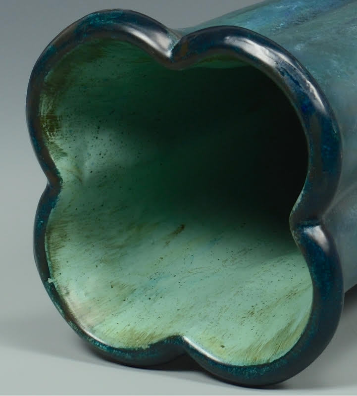 Lot 3832461: Large Rookwood Vase – Teal Glaze