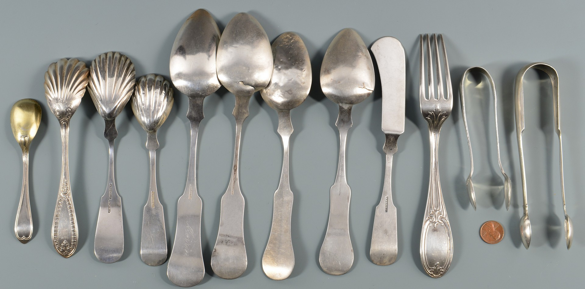 Lot 141: 12 pcs assorted Memphis coin silver flatware