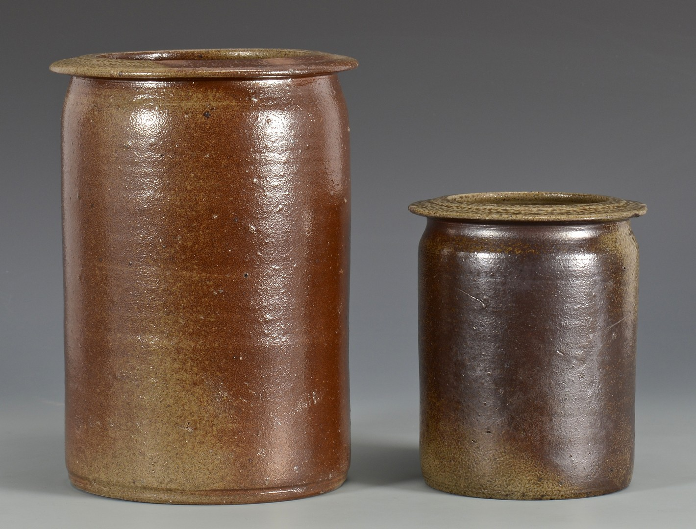 Lot 155: 2 NC Stoneware Jars, Himer Fox