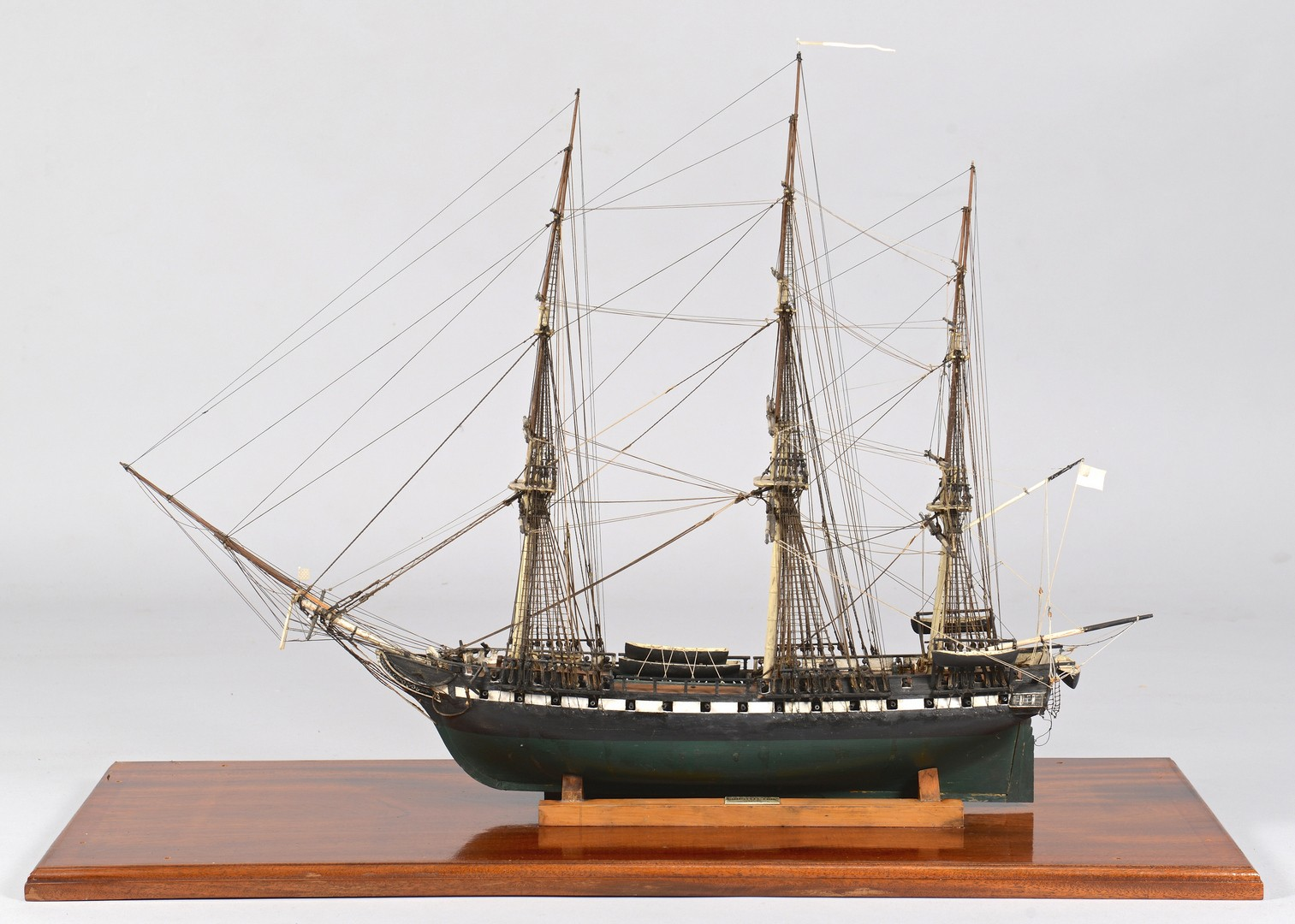 Lot 232: Cased Model, U.S.S. Constitution by Walter C. Leav