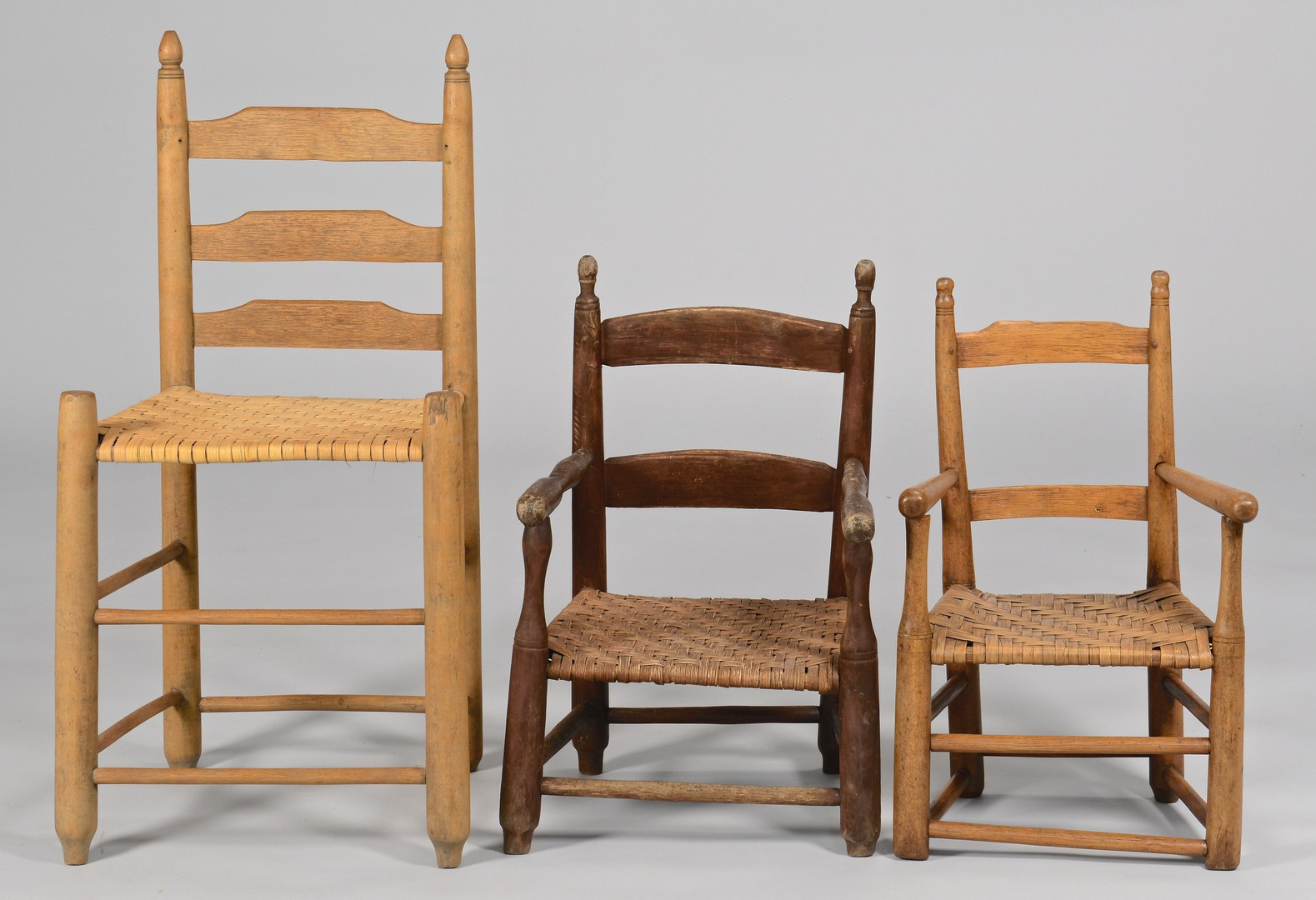 Lot 301: 3 East TN chairs, includ. 2 child armchairs