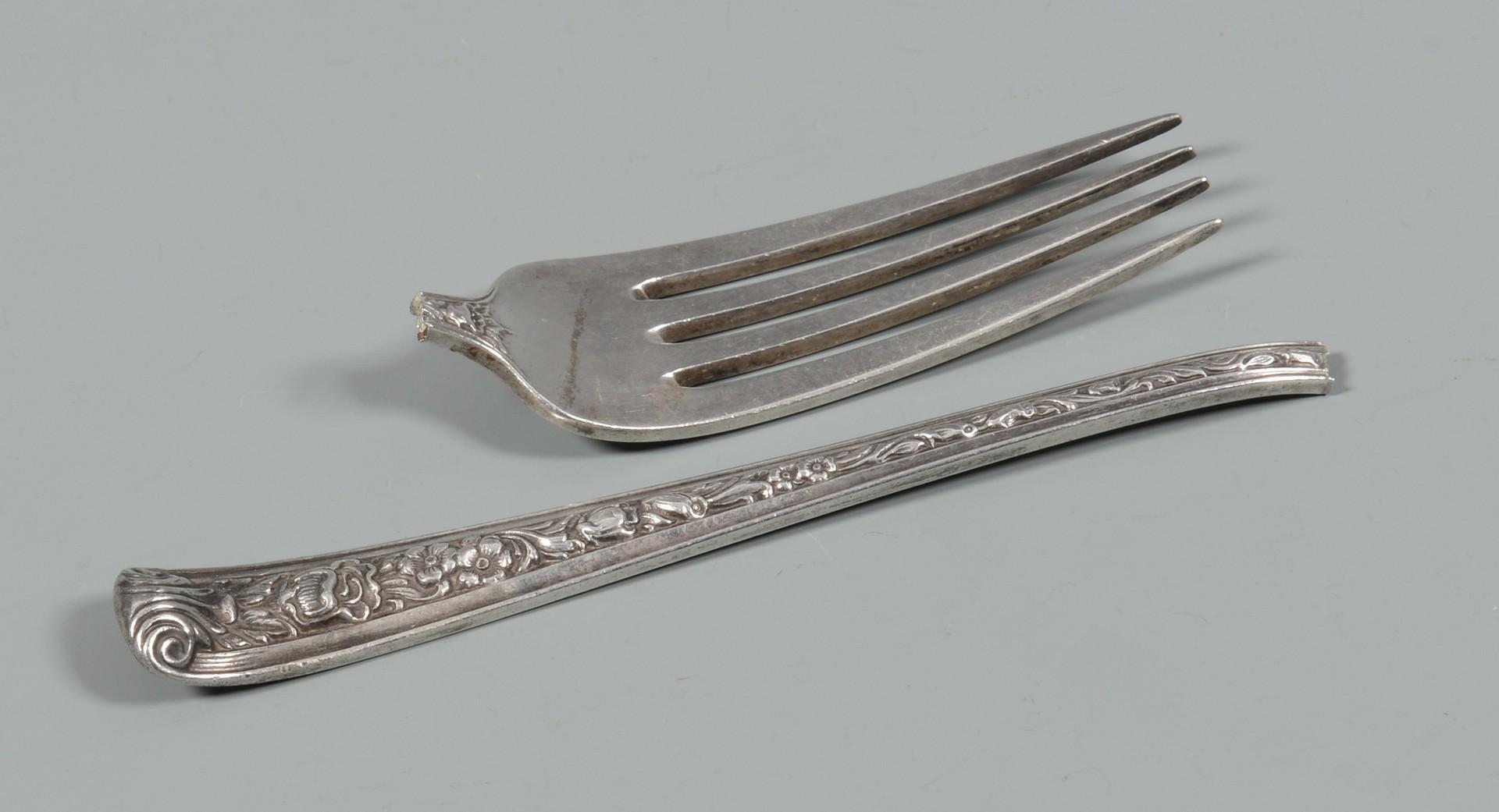 Lot 337: Watson Windsor Rose silver flatware, 39 pcs