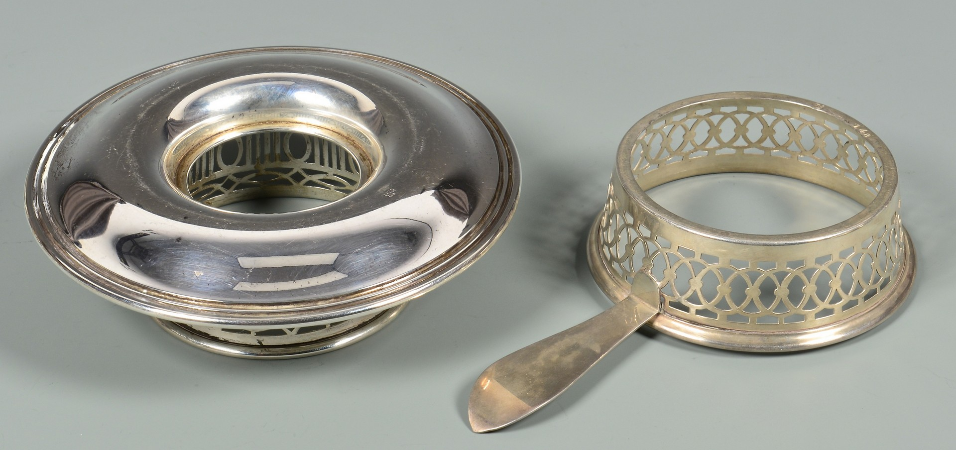 Lot 338: 15 Sterling Cup Holders w/ Porcelain Liners
