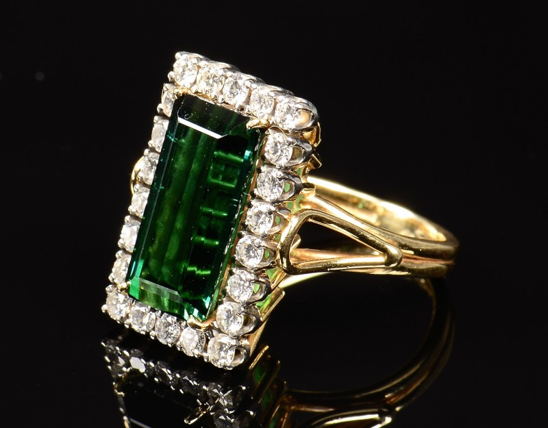 Lot 350: 14k Green Tourmaline Diamond Ring