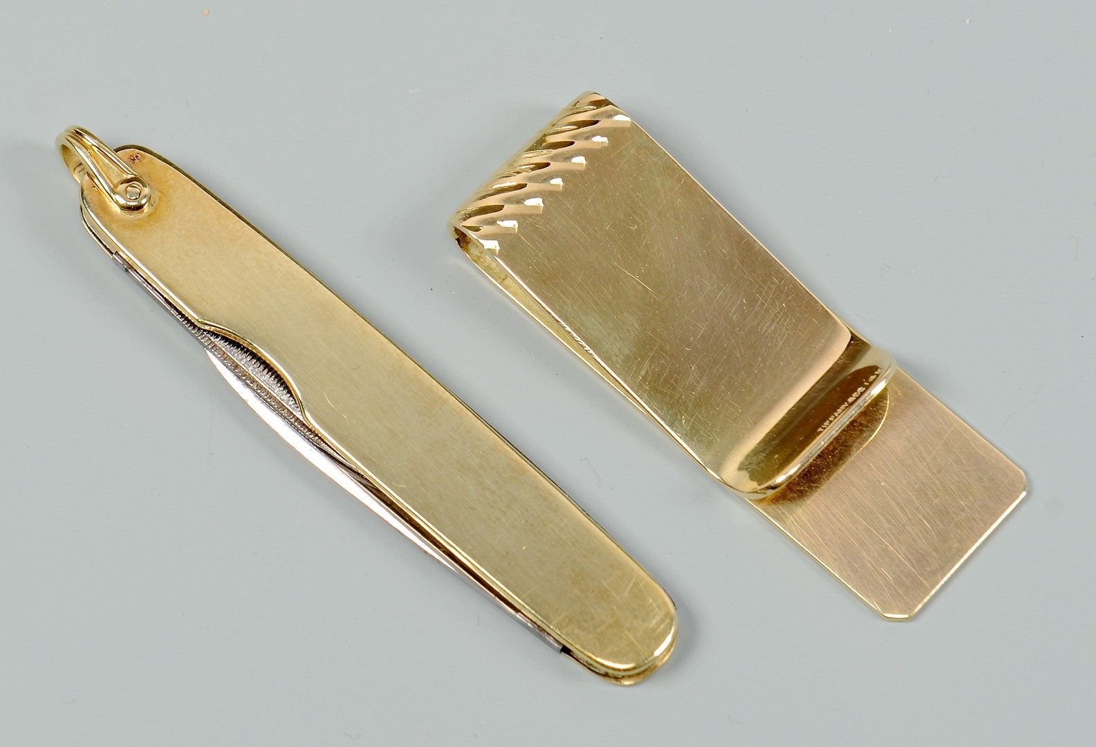 Lot 352: Tiffany & Co. 14K Money Clip & Pocket Knife