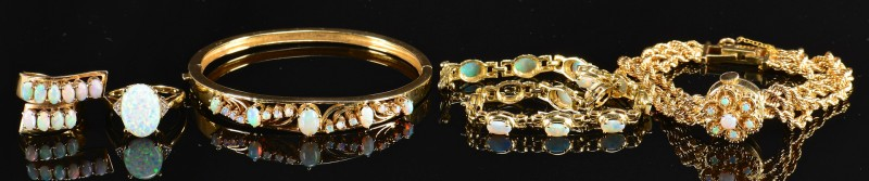 Lot 362: 10k, 14k, 18k gold & Opal Jewelry