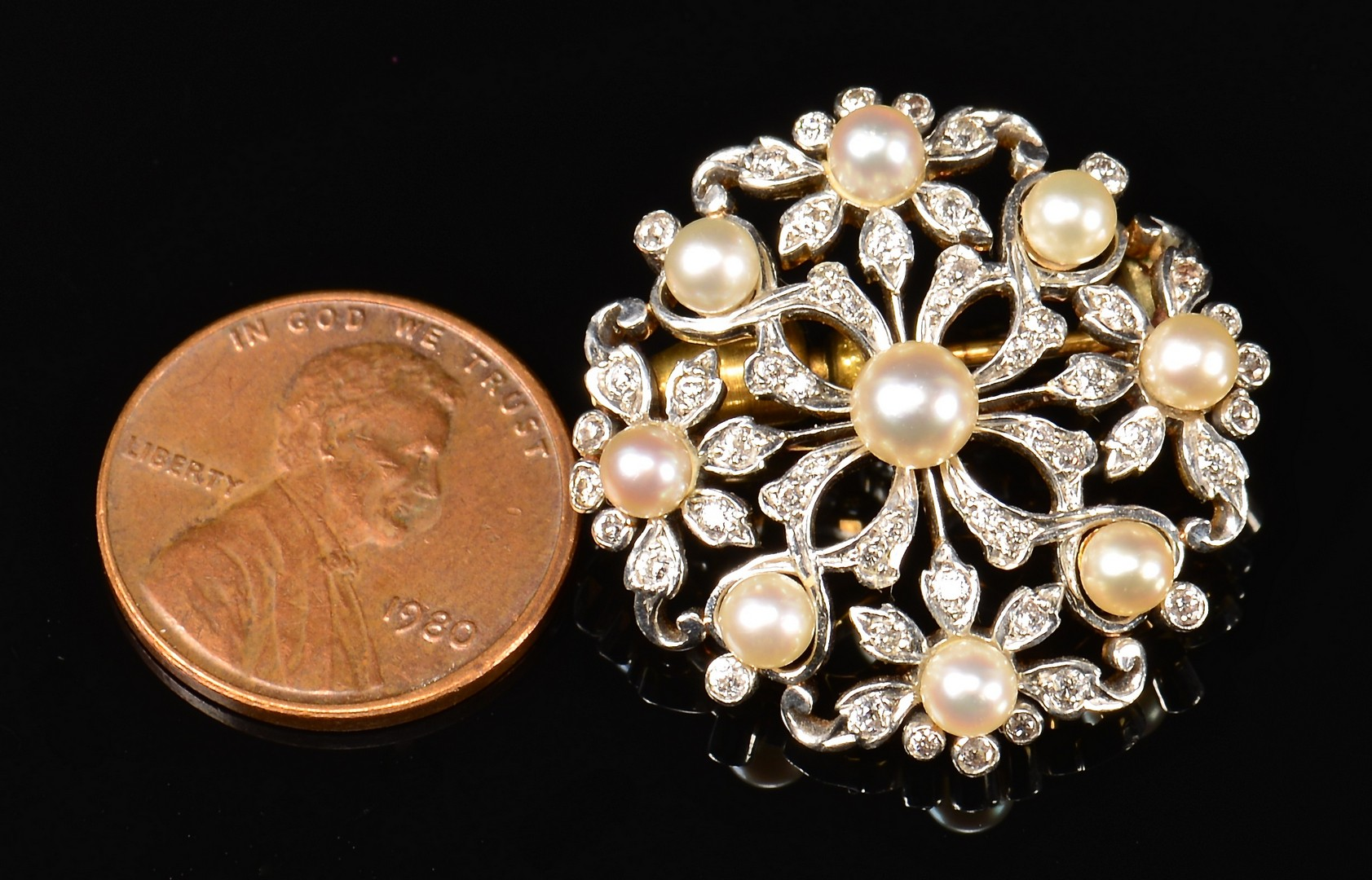 Lot 365: 18k Tiffany Pearl and Diamond Pin