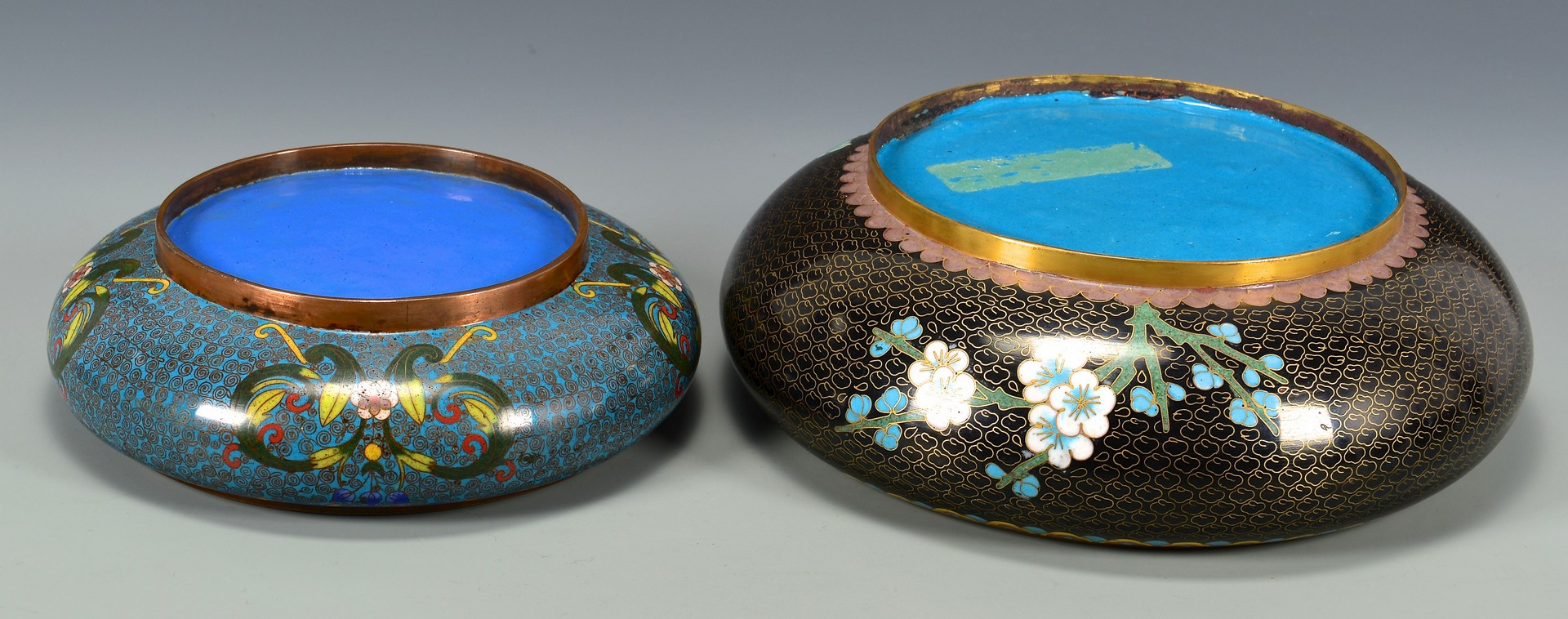 Lot 385: 6 pcs Cloisonne inc. 2 bulb bowls