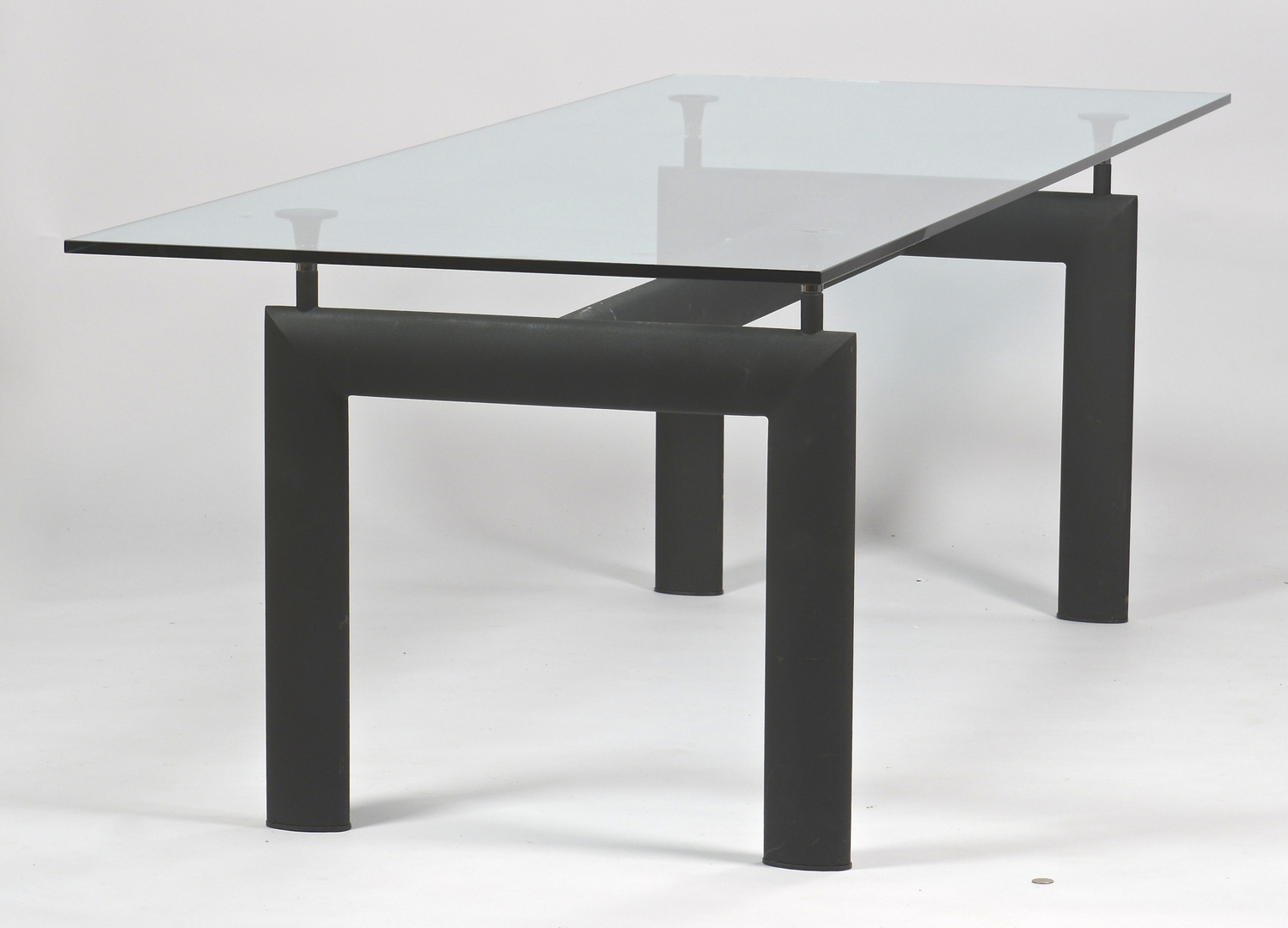 Lot 450 le corbusier lc6 glass dining table - Table le corbusier lc6 ...