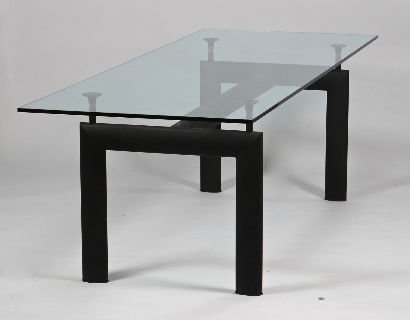 lot 450 le corbusier lc6 glass dining table. Black Bedroom Furniture Sets. Home Design Ideas