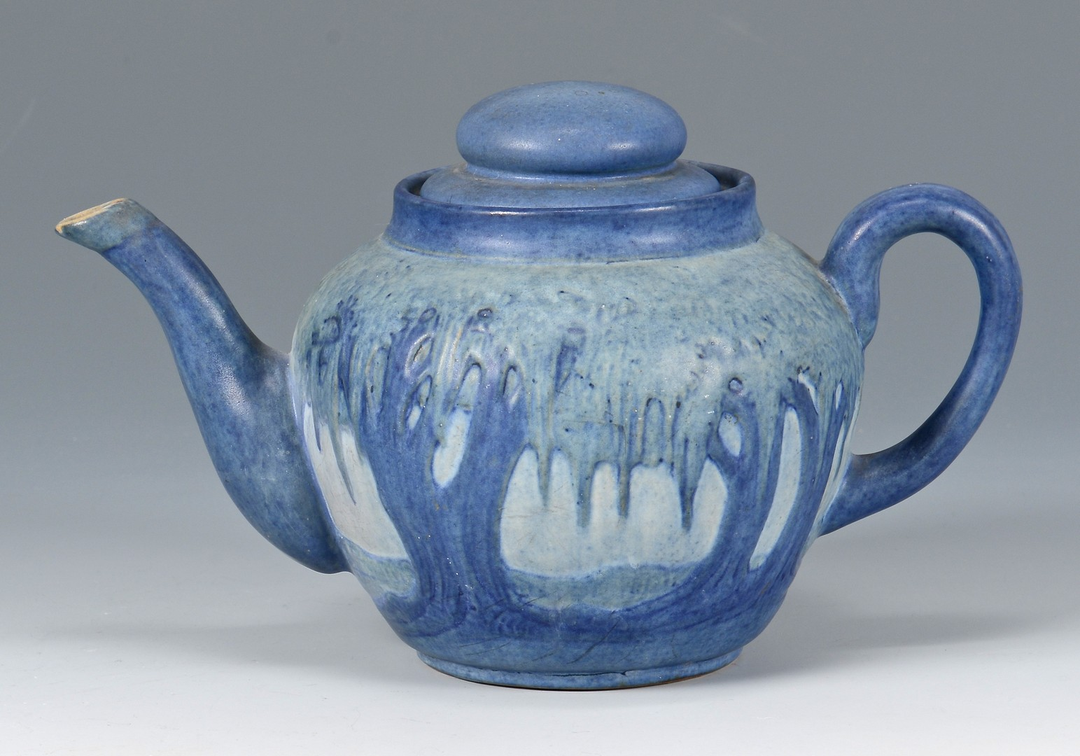 Lot 472: Newcomb College Teapot