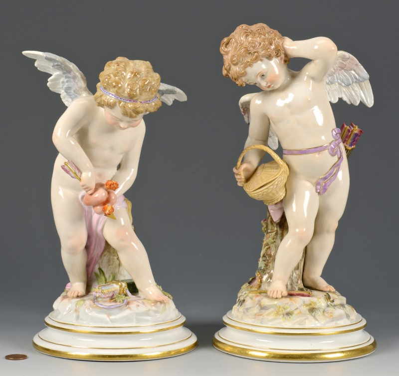 Lot 475: Pr. Large Meissen Cupid Figures