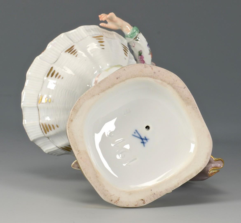 Lot 476: Meissen Porcelain Sweetmeat Dish