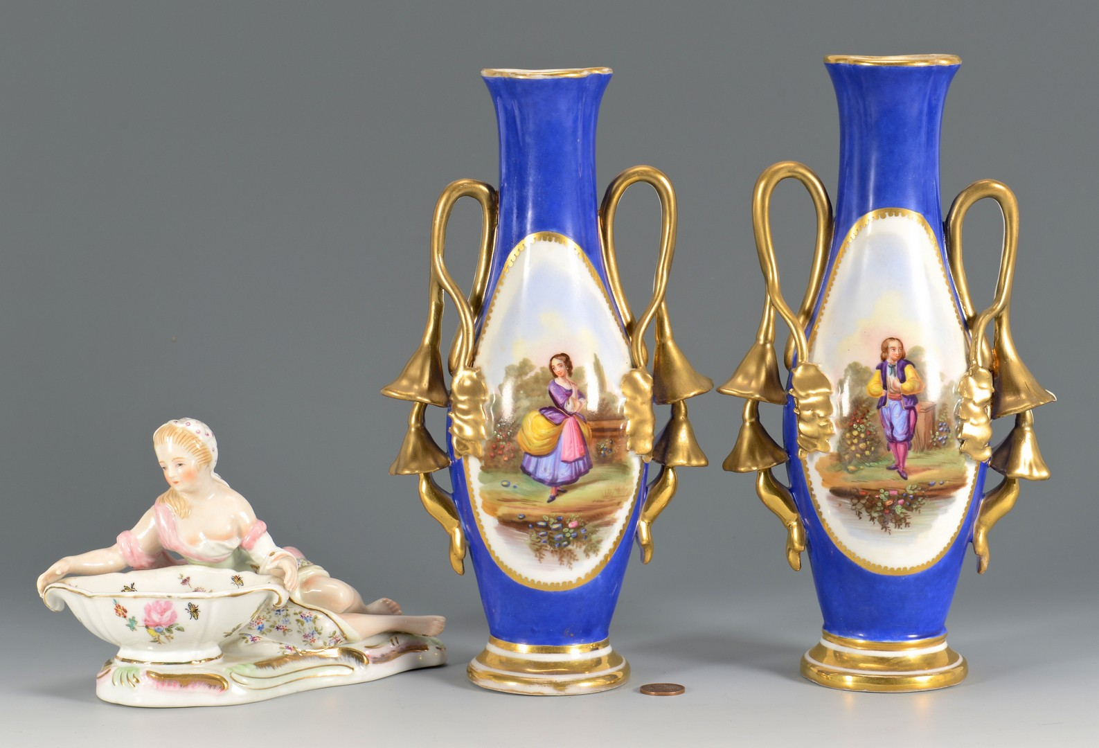 Lot 480: Pr Old Paris Porcelain Vases & Figural Dish