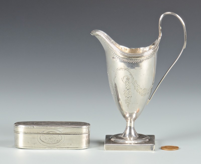 Lot 48: George III cream jug, snuff box