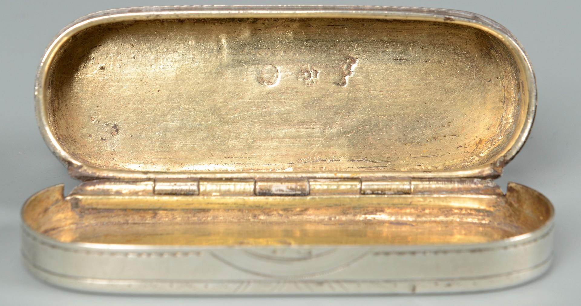Lot 48: George III cream jug, snuff box