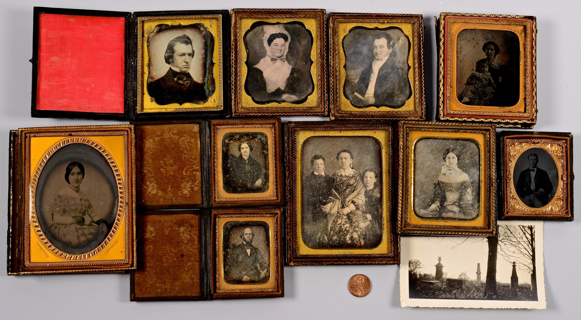 Lot 512: Donelson Family Photographic Archive