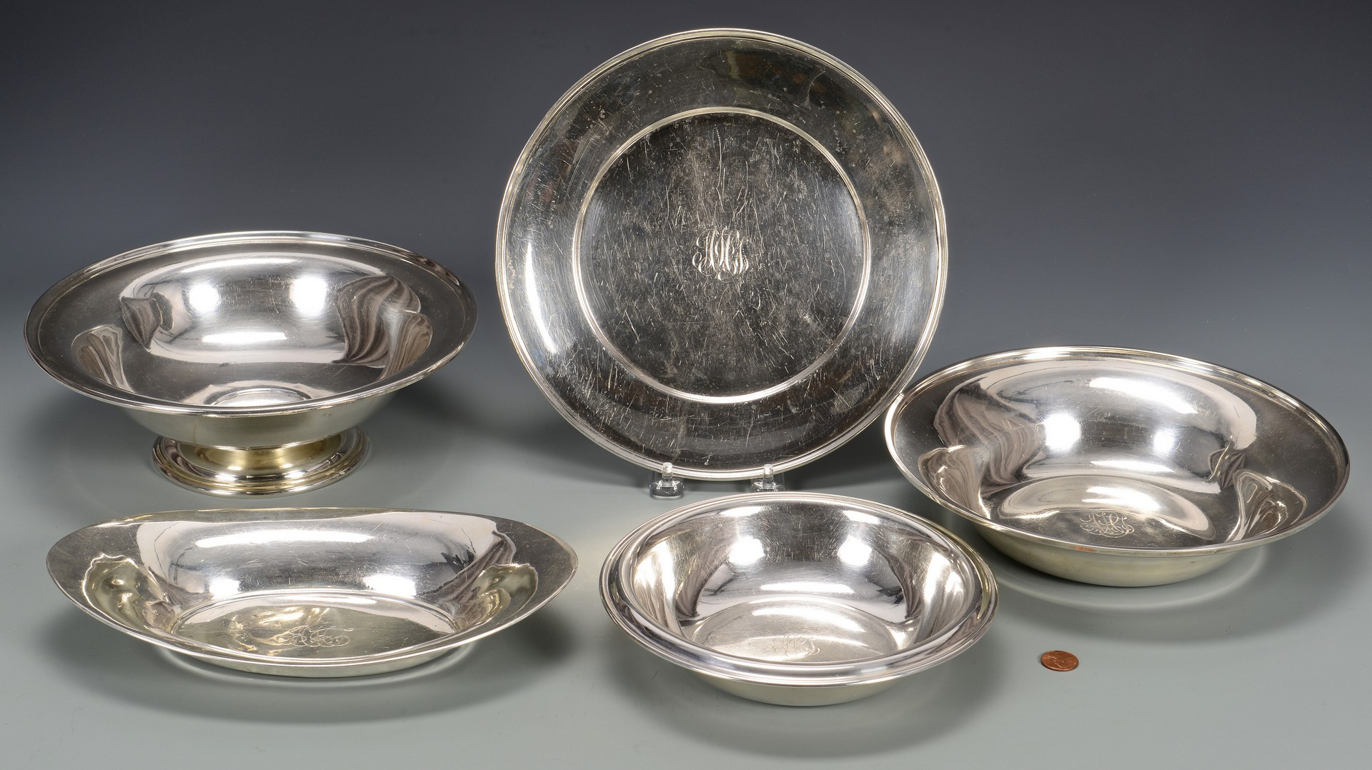 Lot 571: 5 Sterling Silver Bowls/Trays