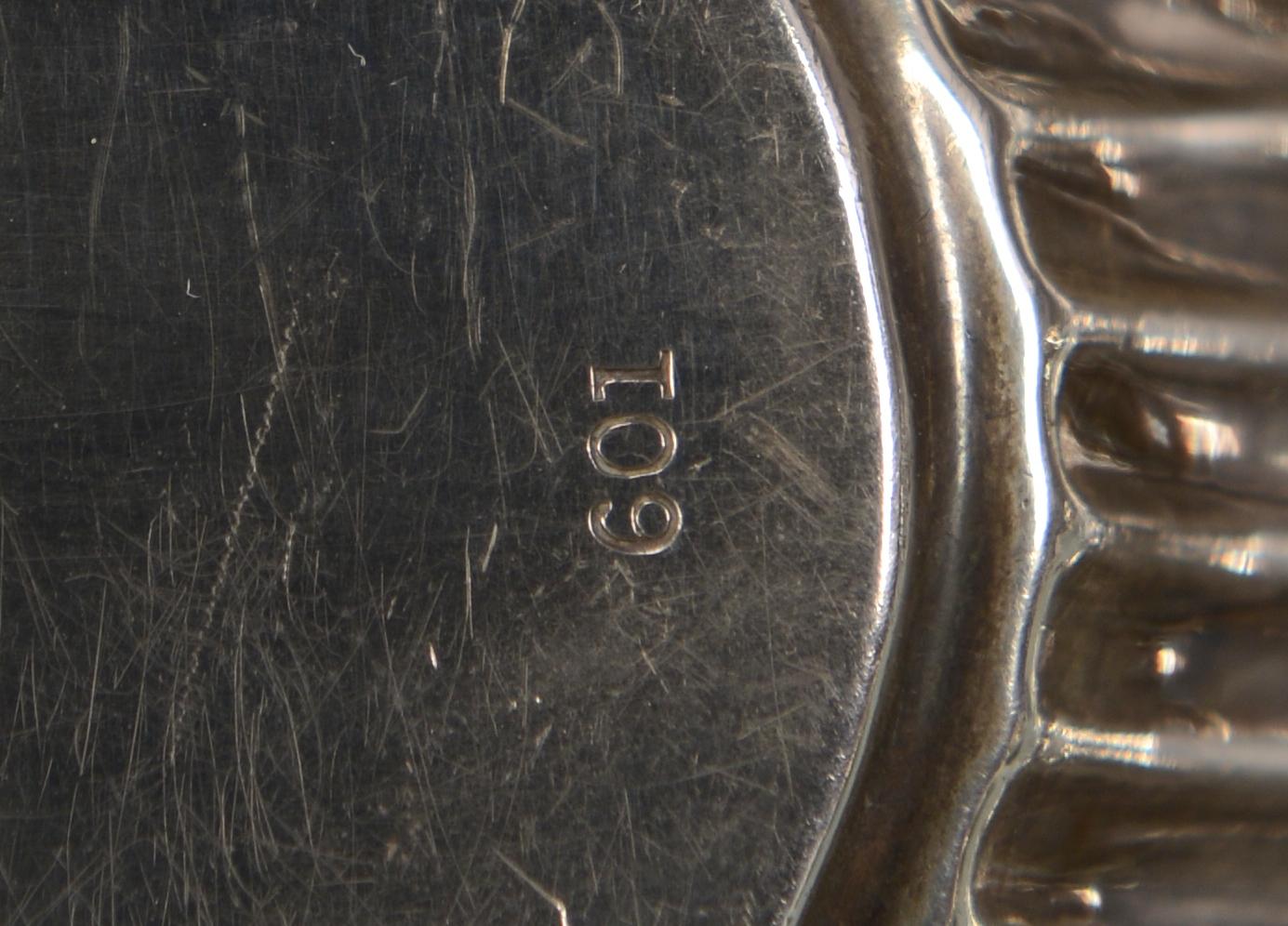 Lot 582: 6 pcs sterling holloware