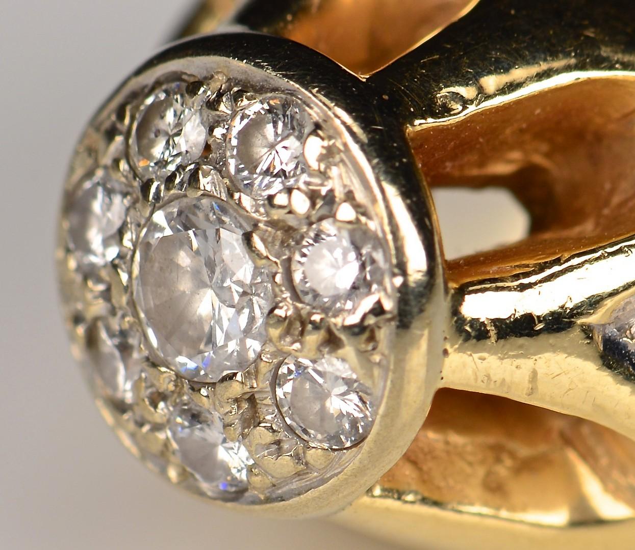 Lot 590: 14k Diamond Fashion Ring