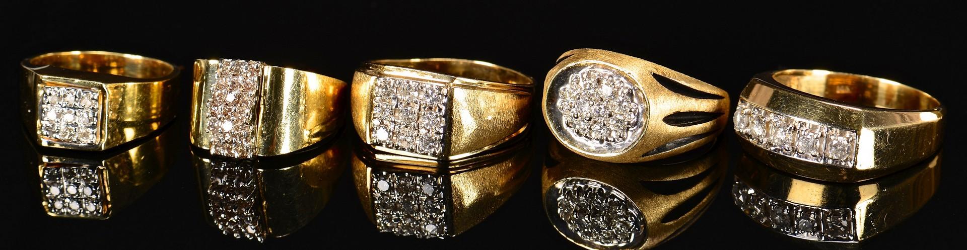 Lot 592: 5 Men's diamond fashion rings