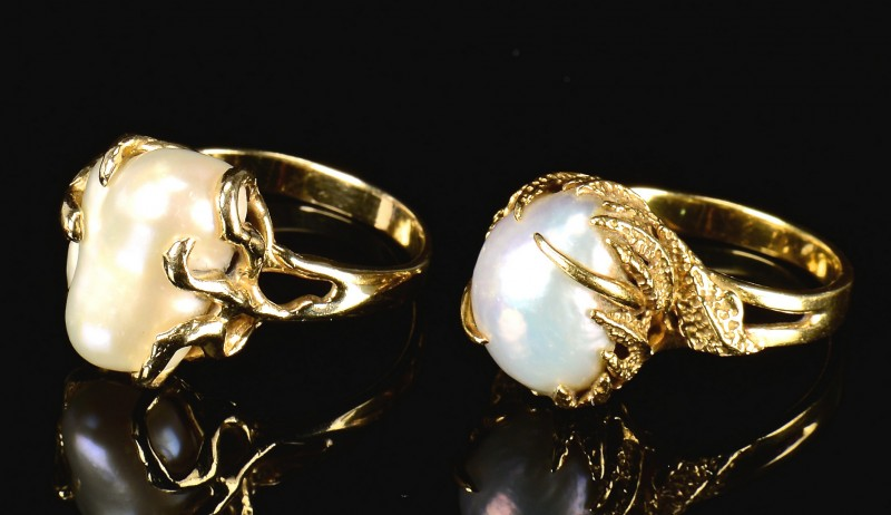 Lot 595: 18k & 14k Baroque Pearl Rings