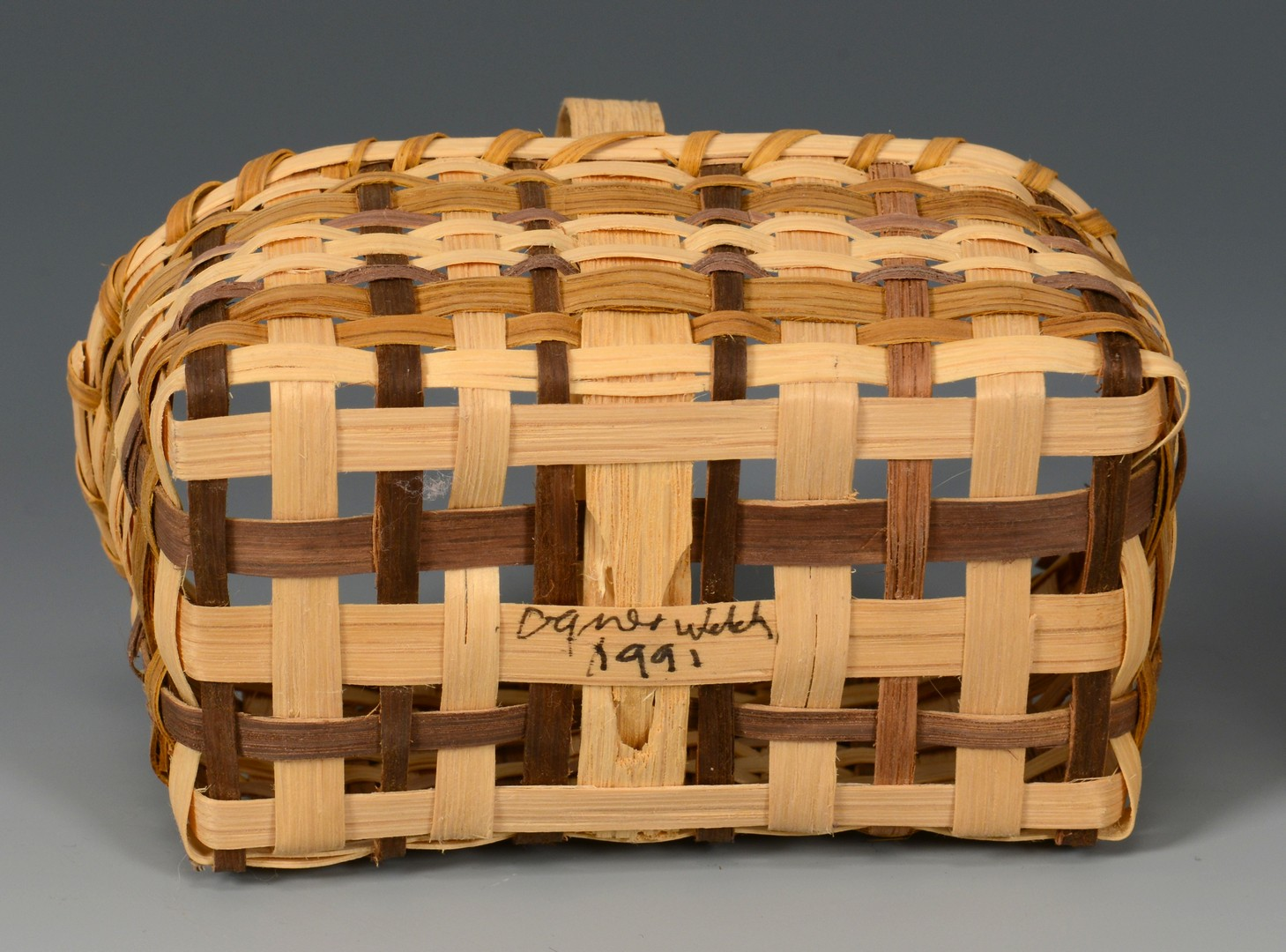 Lot 633: 6 Native American Baskets, incl. Cherokee