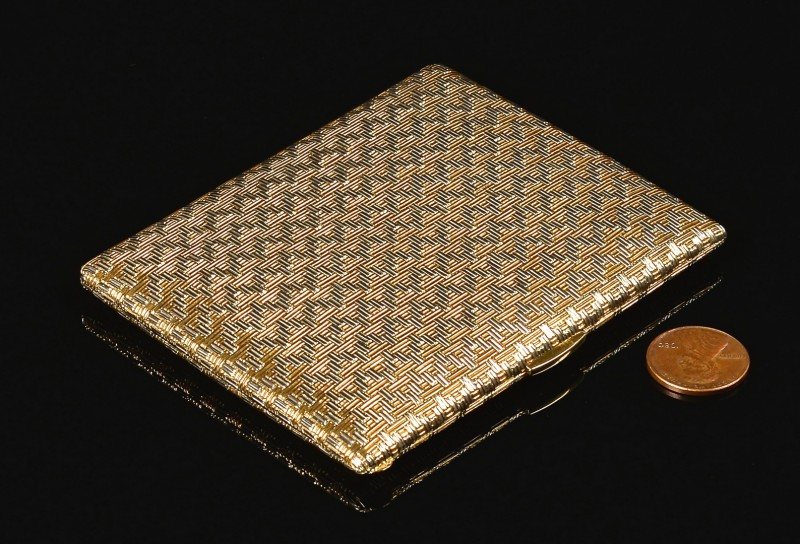 Lot 69: 18k Tiffany Cigarette Case, 135.5 grams