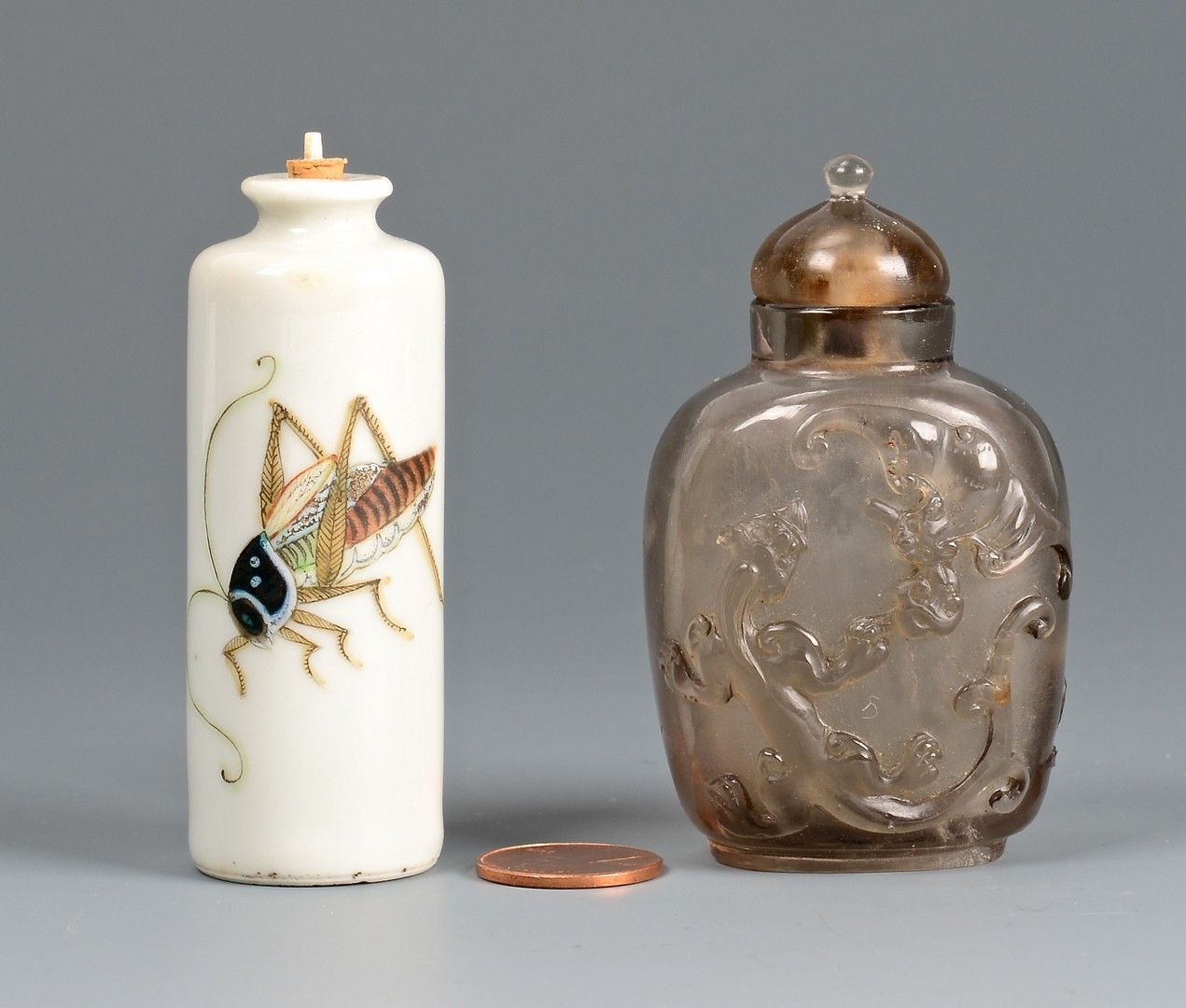Lot 700: 2 Chinese snuff bottles