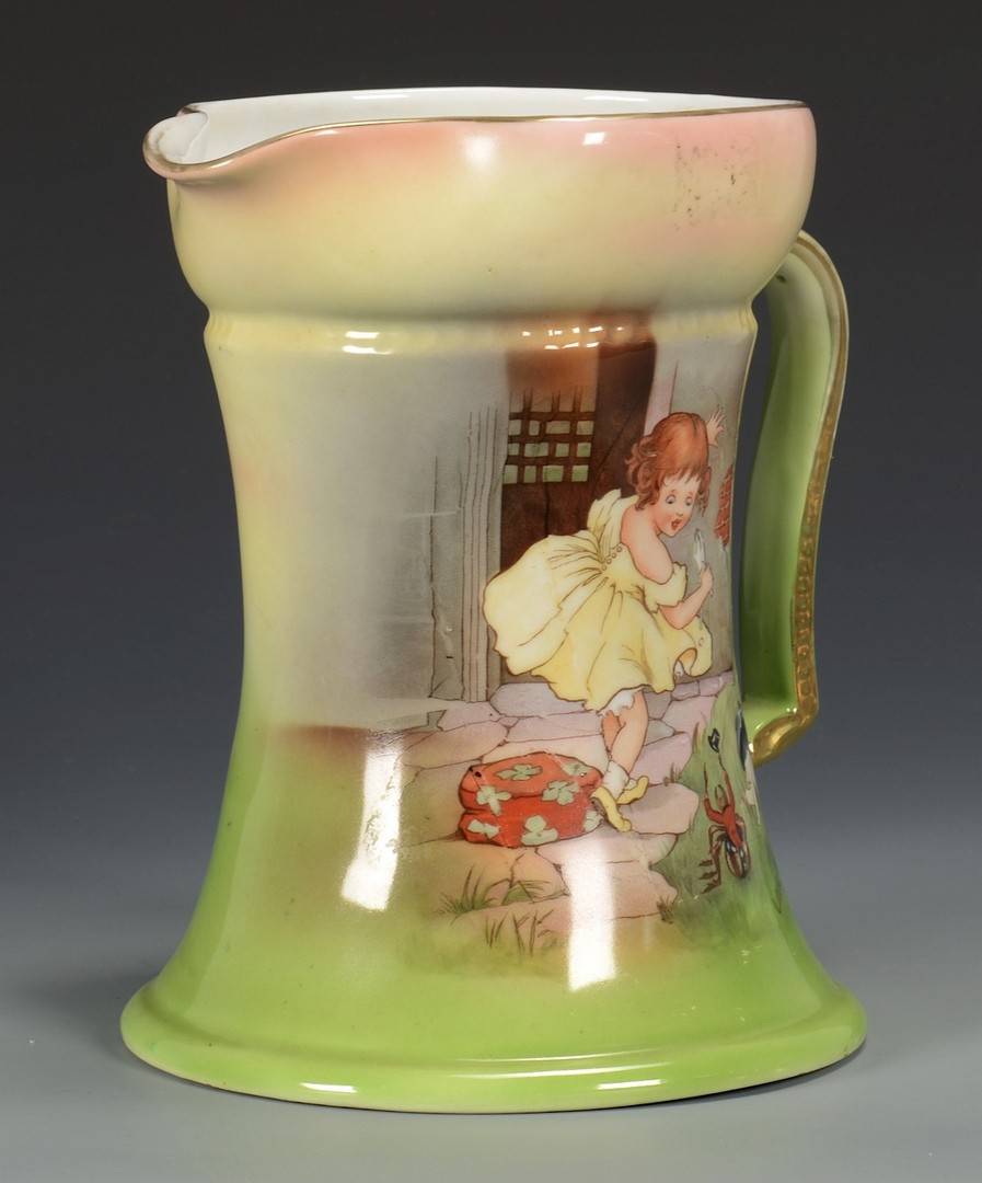 Lot 723: 4 Royal Bayreuth, 3 Pitchers & Chamberstick