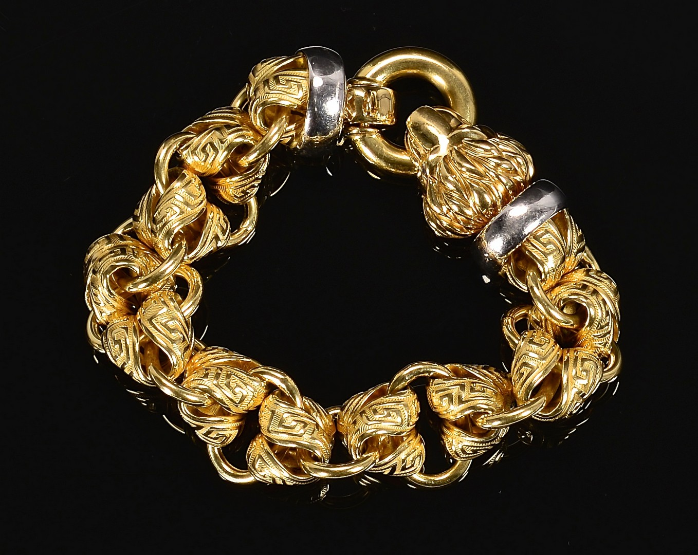 Lot 74: 18K Gold Italian Bracelet w/ Lions Head