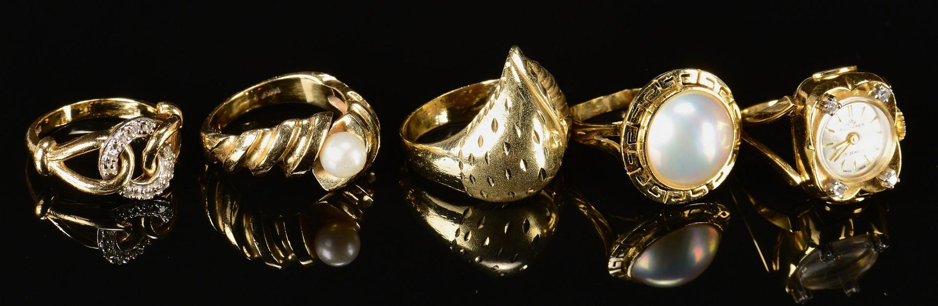 Lot 790: Five 10K, 14K, 18K Lady's Rings