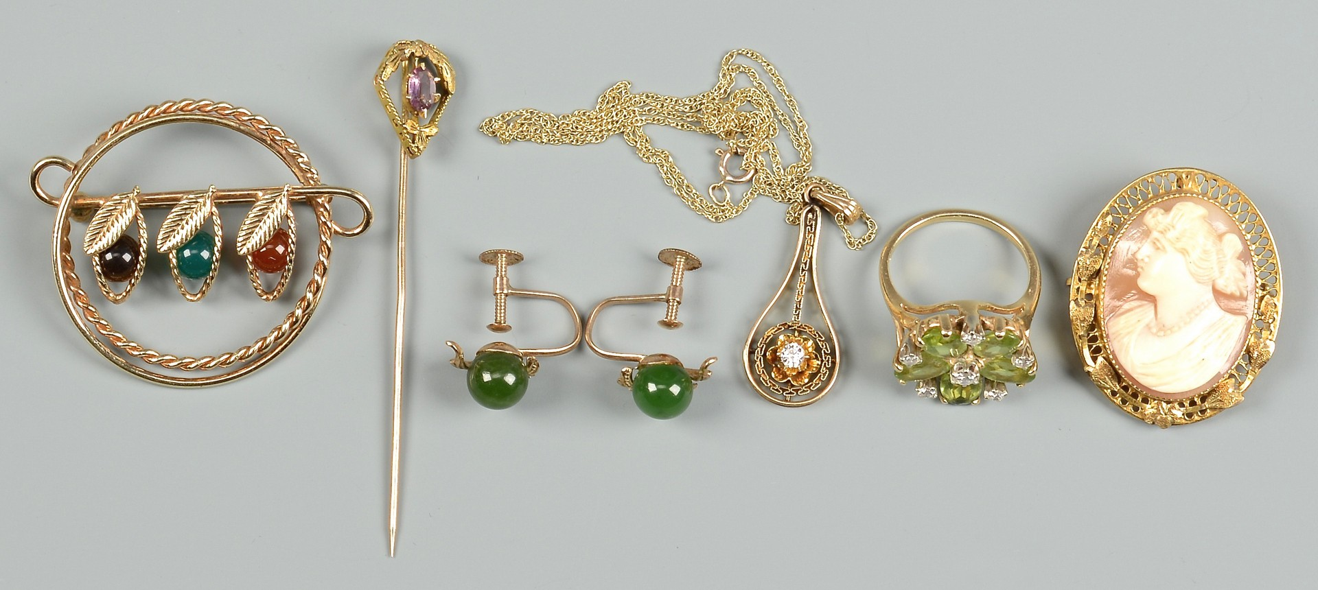 Lot 800: Misc. Vintage Jewelry, 9 items