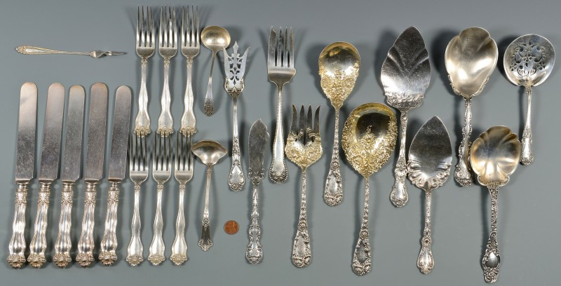 Lot 808: Group Vintage Sterling Flatware, 28 items
