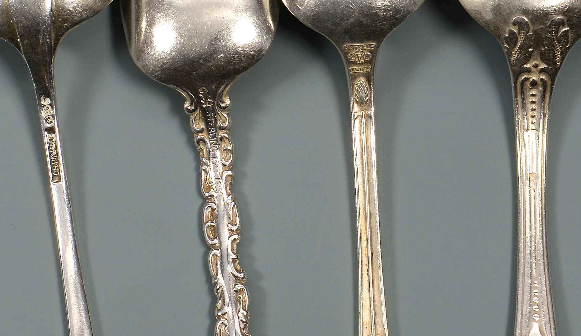 Lot 812: 46 Sterling Spoons, 32.5 oz troy