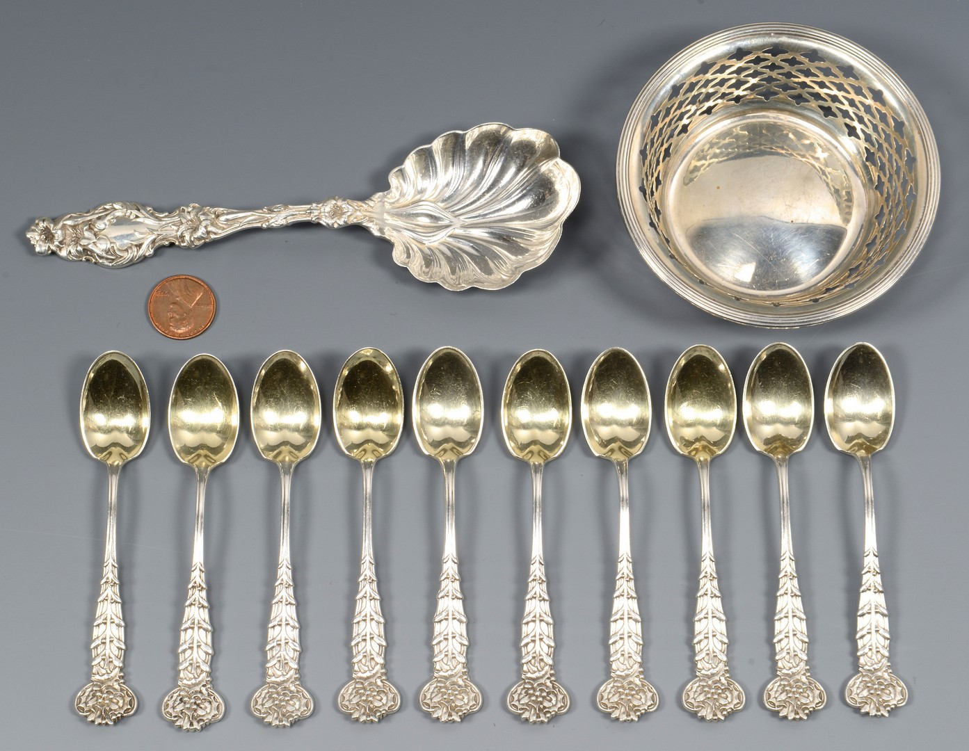Lot 822: 10 Tiffany Demitasse Spoons, Holly, plus 2 pcs