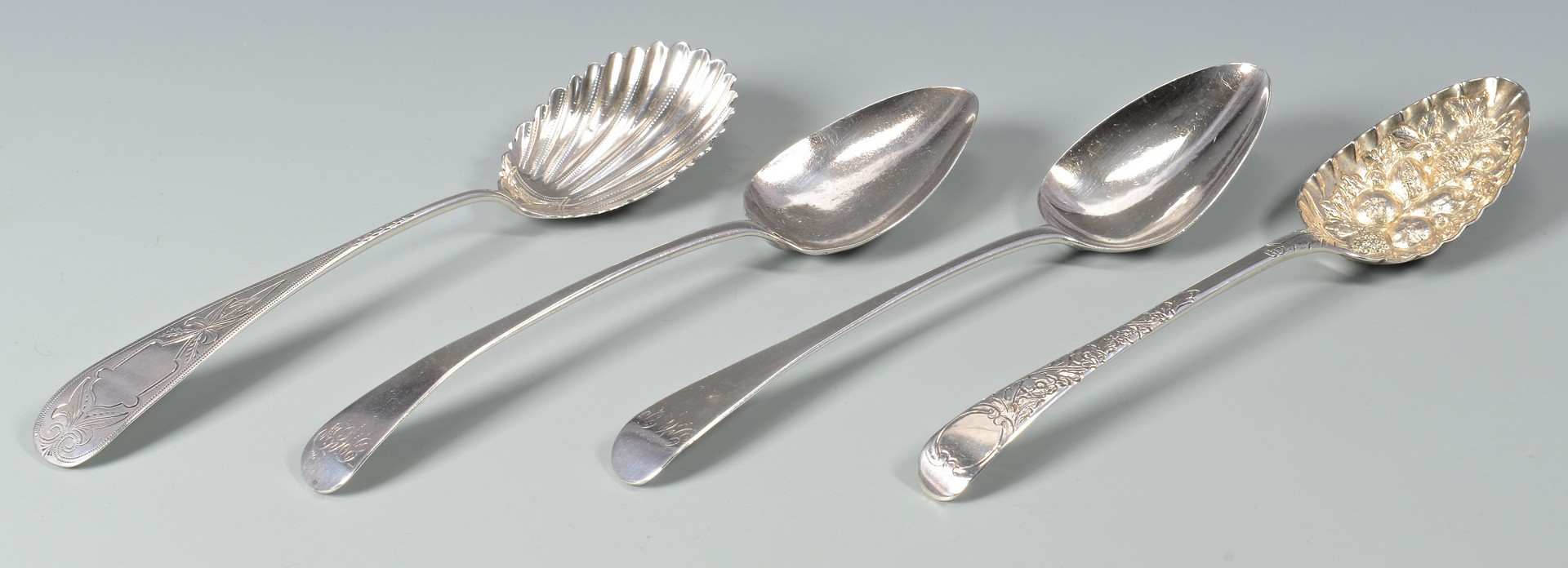 Lot 824: 11 Sterling and plated table items inc. Chawner