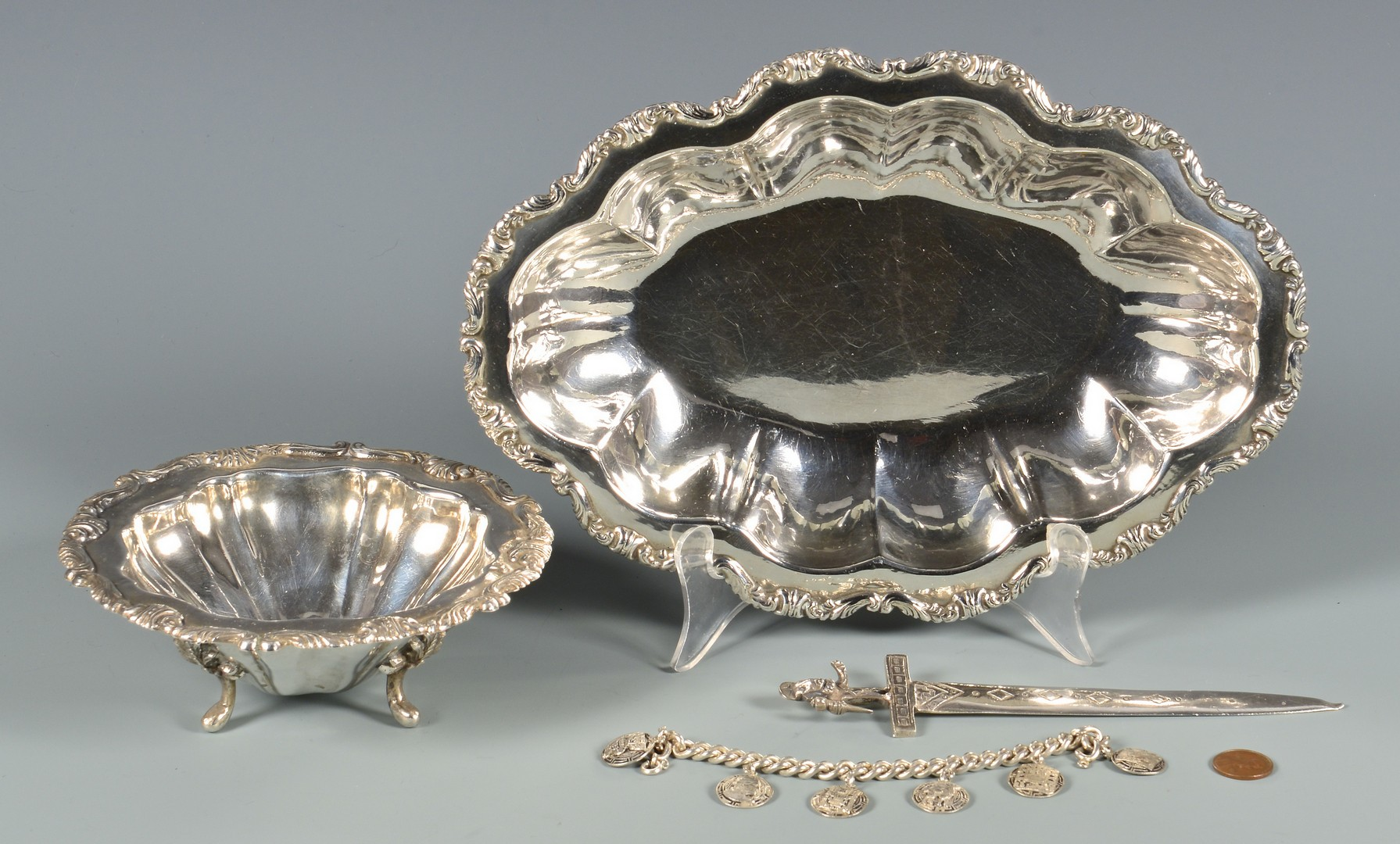 Lot 827: 4 Pieces Peruvian .925 Silver
