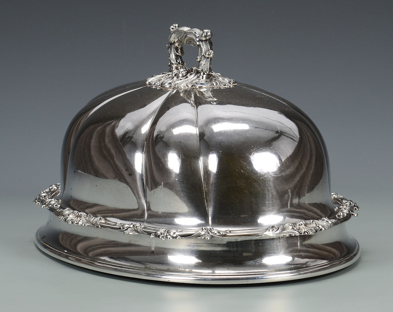 Lot 833: Two William IV Plated Serving Items
