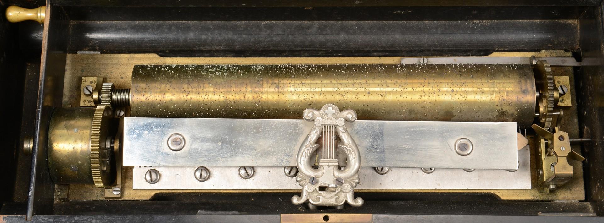 Lot 844: Paillard Cylinder 10 Tune Music Box