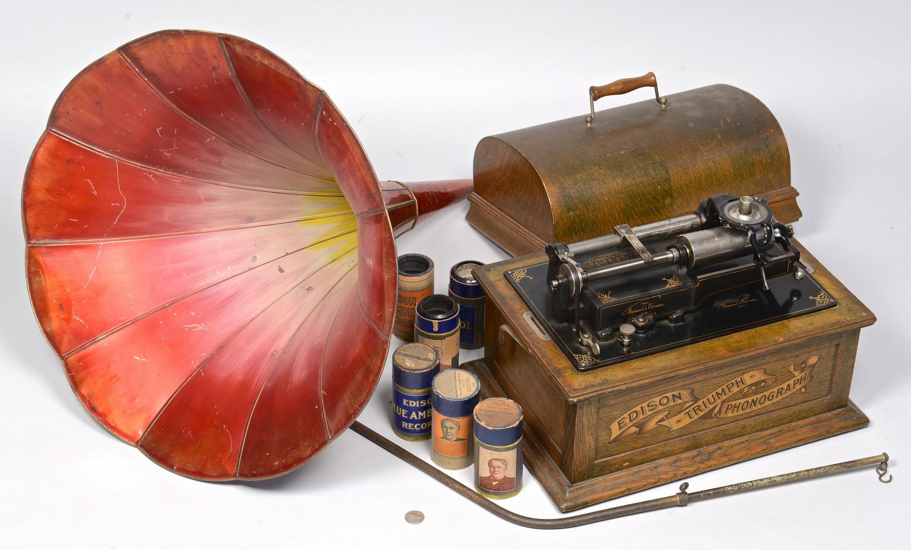 Lot 846: Edison Triumph Phonograph & Horn