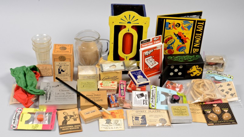 Lot 855: Collection Magic Tricks, circa 1950s, 38 items